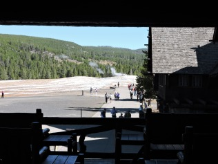 "The lodge is close to the ""Old Faithful"" gyser"